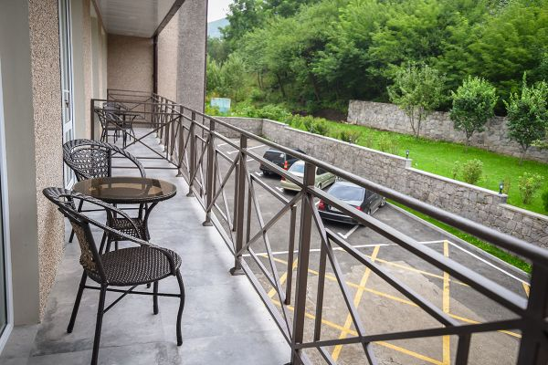 hotel-laguna-008ADAC9416-64C0-4DF5-ABEC-B18E43757757.jpg